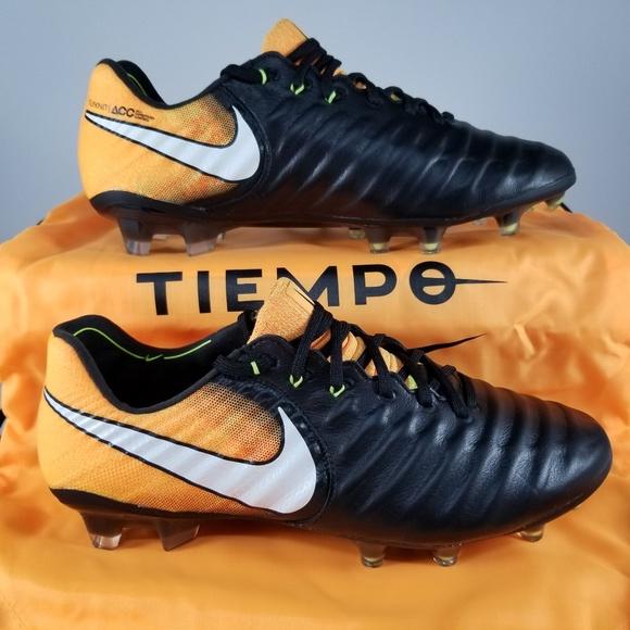 df5b14ea0 Nike Tiempo Legend VII FG Soccer Cleat SZ 7 Orange